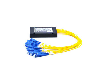 China Low Insertion Loss Fiber Optic PLC Splitter 1260 - 1650nm Wavelength With Box factory